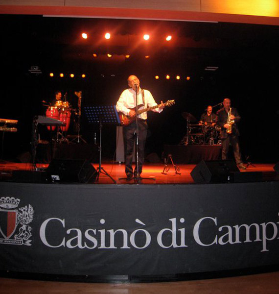 picture of luca mattioni in concert at casino campione of italy in lugano in swiss